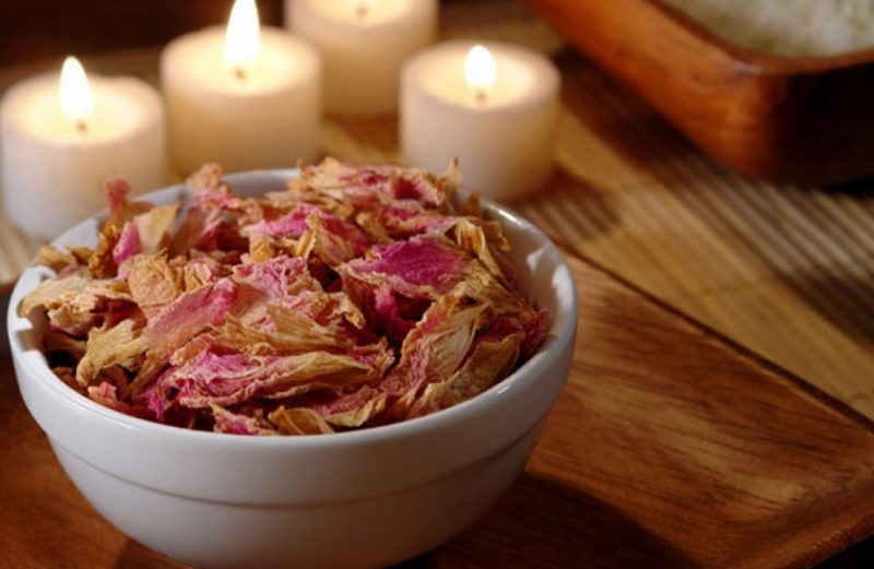 Natural Ways to Make your Home Smell Amazing